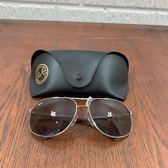 Ray-Ban Aviator Sunglasses RB3387 003/68